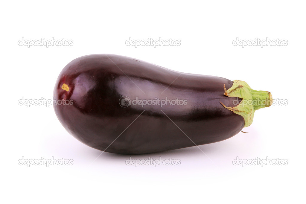 Eggplant isolated on white background — Stock Photo #7112867