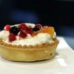 Fresh fruit dessert — Stock Photo #7370863