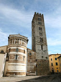San Frediano in Lucca — Stock Photo