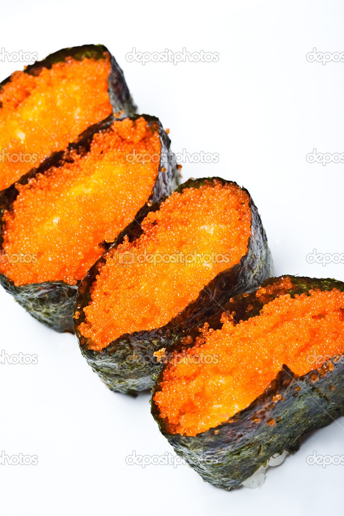 Japanese sushi with fish eggs, rice and seaweed — Stock Photo #7110068