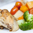 Delicious roast chicken with broccoli and roasted vegetables — Stock Photo #7248134