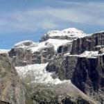 Panorama delle bellissime montagna della val di fassa con il sass Pordoi — Stock Photo #7129653