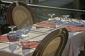 Make ready table in an elegant restaurant of hungry customers waiting in Ve — Stock Photo
