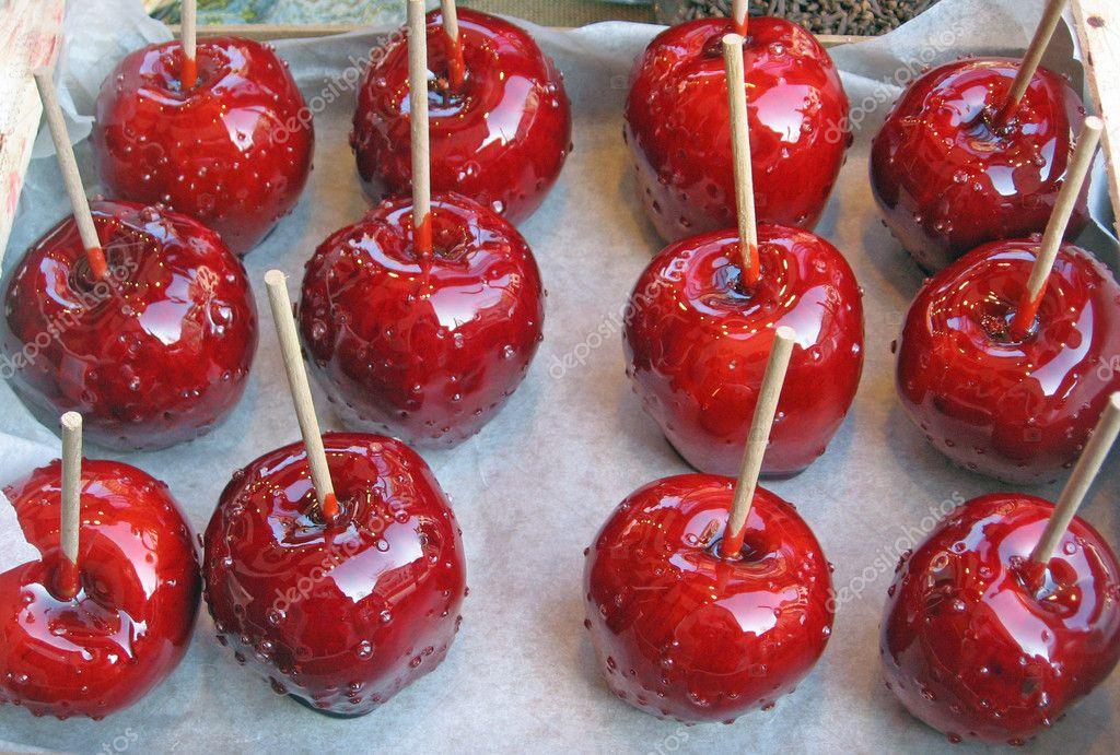 Рецепт яблок в карамели на палочке в домашних условиях
