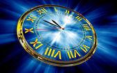 Gouden klok op abstracte blauwe achtergrond — Stockfoto