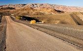 Krajobraz doliny śmierci i drogi — Zdjęcie stockowe