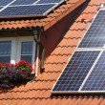Housetop with solar — Stock Photo