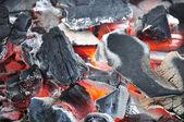 Parlayan kömür. — Stok fotoğraf