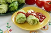 Rice and grinded meat stuffed in savoy cabbage leaf — Stock Photo