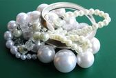 Pearls and silver as jewerly — Stockfoto