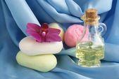 Zepen en cosmetische olie — Stockfoto
