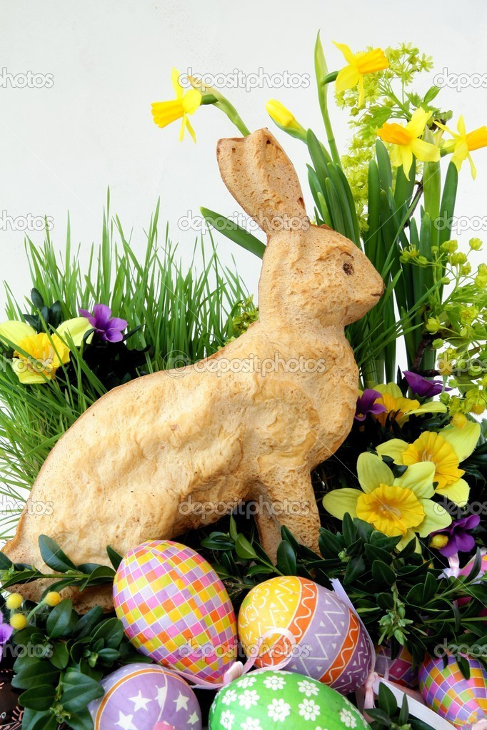 Easter decoration with baked dough leveret — Stock Photo #7805642