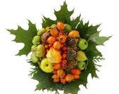 Sonbahar meyve ve yaprakları çelenk içinde — Stok fotoğraf