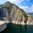 Vidraru dam and lake, Romanian mountains — Stock Photo