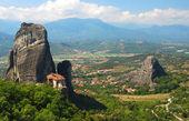 Meteora valley in Greece — Stock Photo