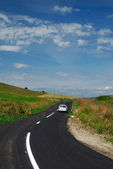 Modern yolun kırsal manzara — Stok fotoğraf