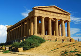 Greek temple of Concordia in Agrigento, Sicily — Stok fotoğraf