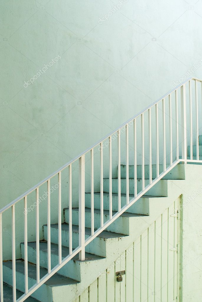 The way to the top on a green stairway — Stock Photo #7200401