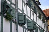 木窗口 — 图库照片