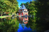Madrid. Parque del Retiro - Casita del Pescador (Retiro Park) — Stock Photo