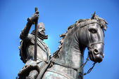 Madrid. Statue of Felipe III. — Stock Photo