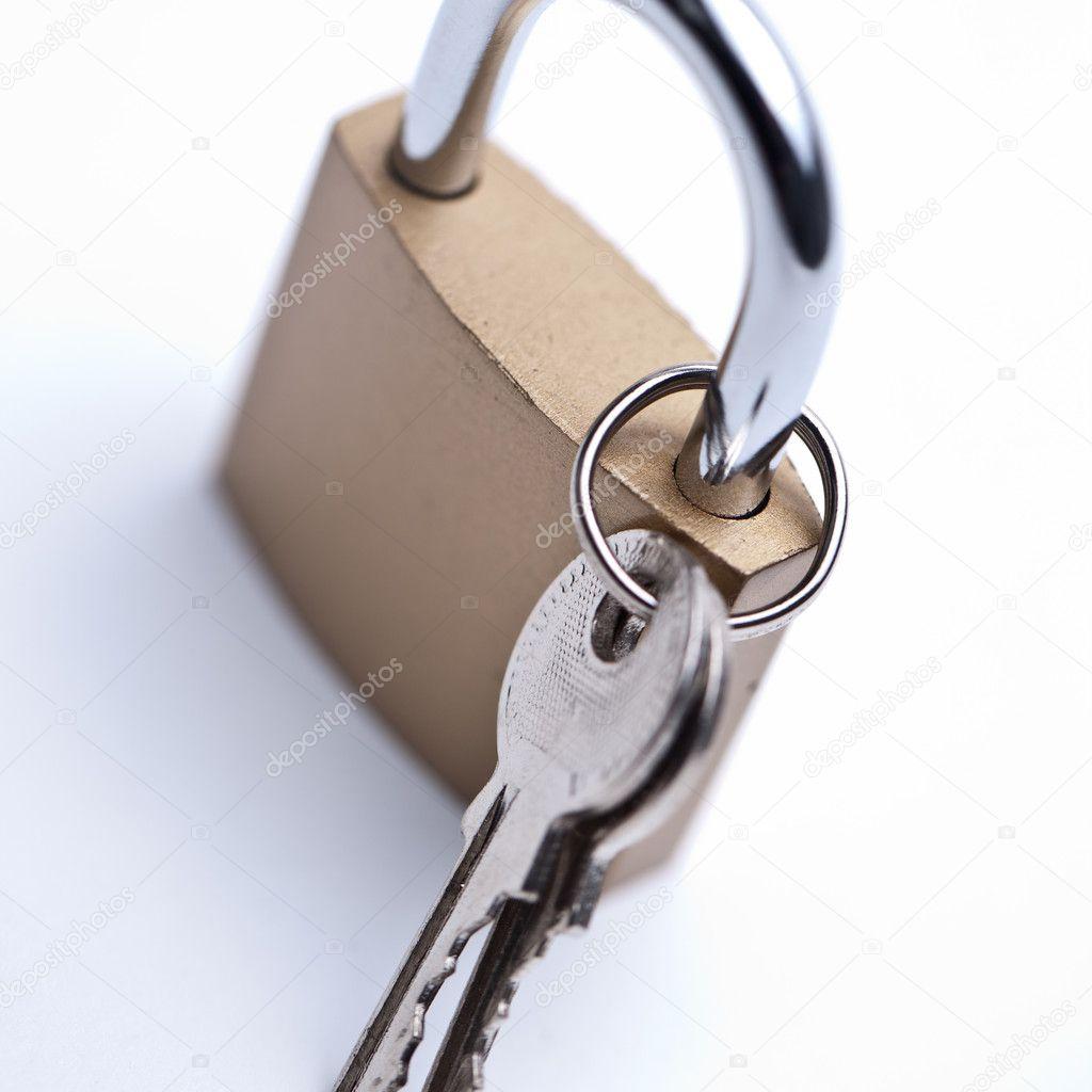 schloss schl ssel key t r h ngeschloss sicher safe ssl hacker stockfoto rclassenlayouts 7368677. Black Bedroom Furniture Sets. Home Design Ideas