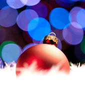 Weihnachten schnee eis bokeh invierno kugel arbol de navidad — Foto de Stock
