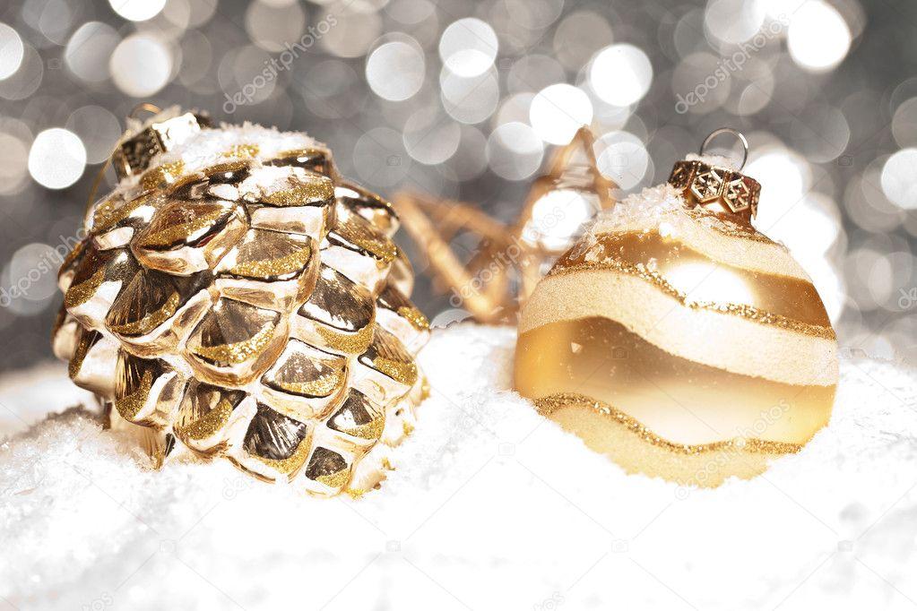 weihnachten schnee eis zapfen gold winter kugel. Black Bedroom Furniture Sets. Home Design Ideas
