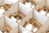 アドベント冬クーゲル weihnachtsbaum ルイス paket ゴールド — ストック写真