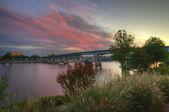 日の出の川 — ストック写真