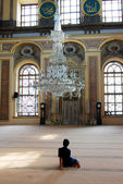 Child in Istanbul mosque — Stock fotografie