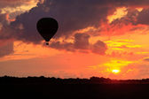 Hot air balloon in the sky — Stock Photo