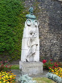 Edith Cavell Memorial — Stock Photo