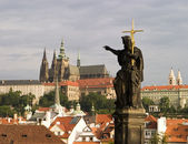 Prague Castle With Statue — Stock Photo