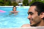 Veranos en la piscina — Foto de Stock