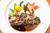 Grilled Beef Steaks with Mushrooms — Stock Photo