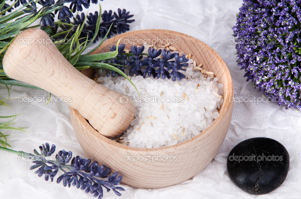 Lavender Spa and wellness set with salt — Stock Photo #7867361