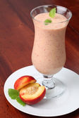 Nectarine milk shake — Stock Photo