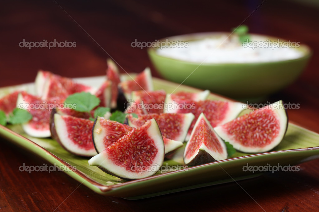 depositphotos_7463171-Black-mission-fig-appetizers-with-nut-and-honey ...