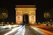 巴黎凯旋门夜景 — 图库照片