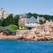 Houses at coast of Ile de Brehat, Brittany, France — Stock Photo