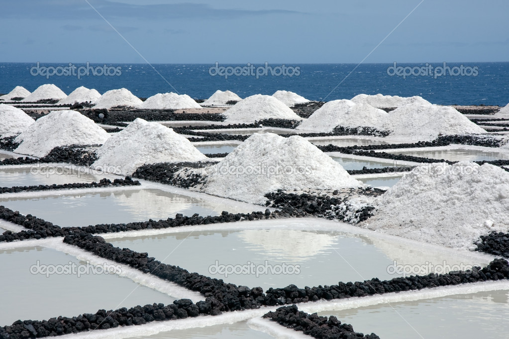 Salt extraction at La Palma, Canary Islands — Stock Photo #7561373