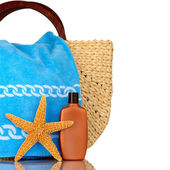 Straw Beach Bag, Blue Towel, Sunscreen, Starfish Isolated On Whi — Stock Photo