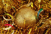 Christmas golden ball — Stockfoto
