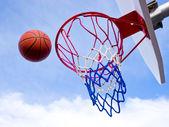 バスケット ボールのフリースロー — ストック写真