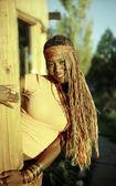 Bella donna afro-americana — Foto Stock