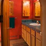 Red bathroom — Stock Photo #7507045