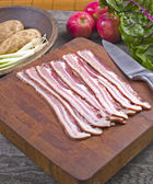 Uncooked bacon — Stock Photo