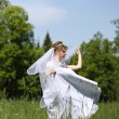 Bride, which is in the field — 图库照片 #7477171