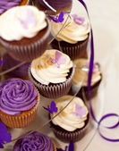 Wedding Cake -Closeup on Beautiful Yummy Cupcakes — Стоковое фото
